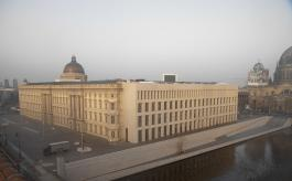 Live Webcam Berliner Schloß Ostfassade